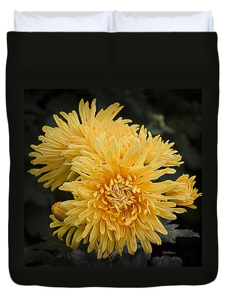 Autumn Mums Duvet Cover