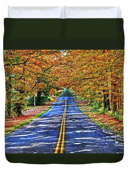 Autumn Road Oneida County Ny Duvet Cover