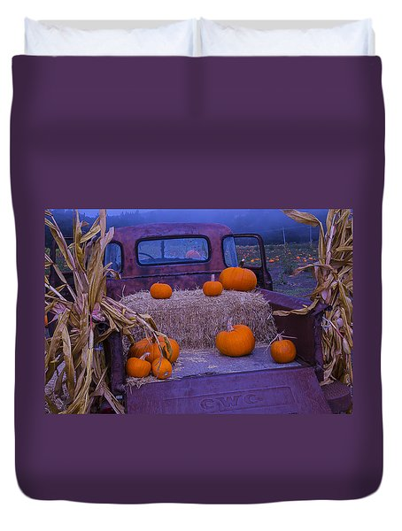 Autumn Truck Duvet Cover by Garry Gay