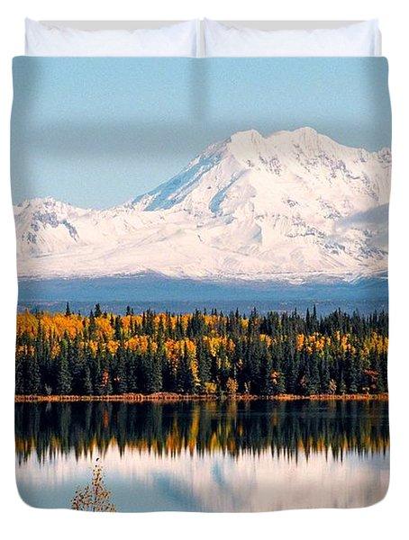 Autumn View Of Mt. Drum - Alaska Duvet Cover
