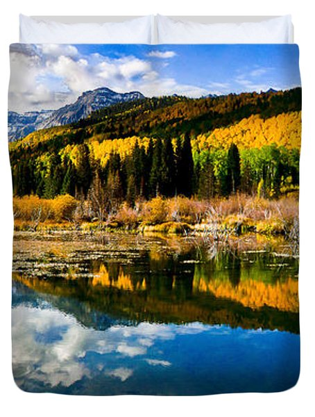 Duvet Cover featuring the photograph Autumn's Glory by Steven Reed