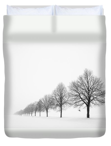 Avenue With Row Of Trees In Winter Duvet Cover