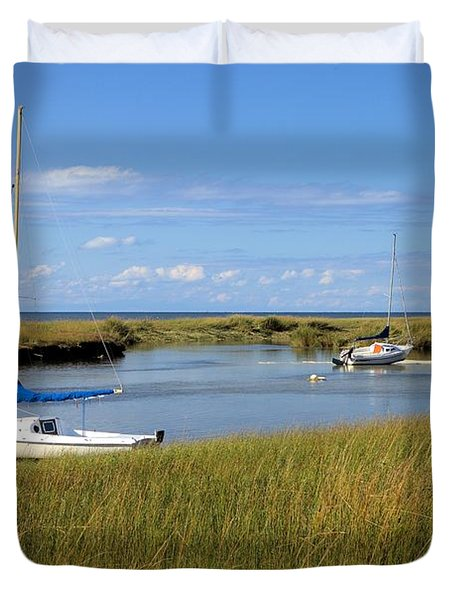 Duvet Cover featuring the photograph Awaiting Adventure by Gordon Elwell