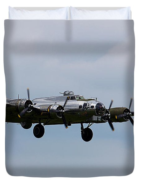 B-17 Yankee Lady Duvet Cover