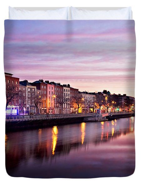 Duvet Cover featuring the photograph Bachelors Walk And River Liffey At Dawn - Dublin by Barry O Carroll