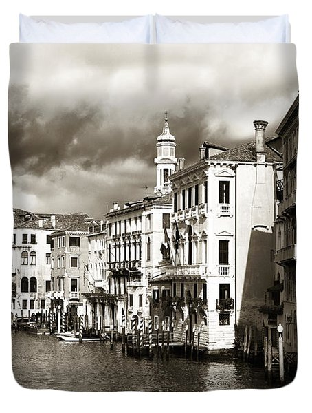 Back In Time On The Grand Canal Duvet Cover
