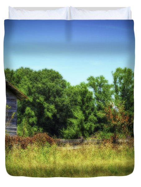 Back Road Barns Duvet Cover by Barry Jones