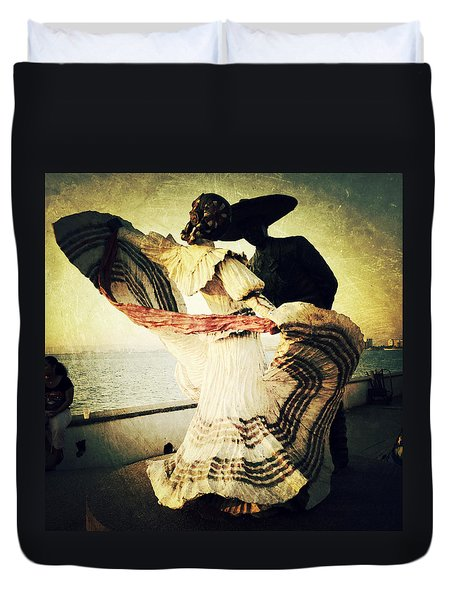 'bailarines De Vallarta' By Jim Demetro Duvet Cover