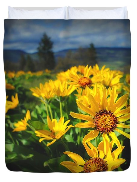 Balsamroot Of The Gorge Duvet Cover
