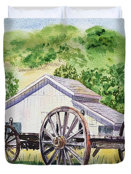 Barn And Old Wagon At Eugene O Neill Tao House Duvet Cover