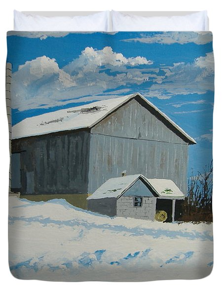 Barn And Pheasant Duvet Cover by Norm Starks