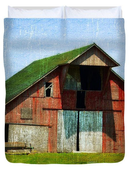 Barn - Central Illinois - Luther Fine Art Duvet Cover by Luther Fine Art