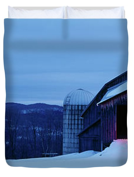 Barn In A Snow Covered Field, Vermont Duvet Cover