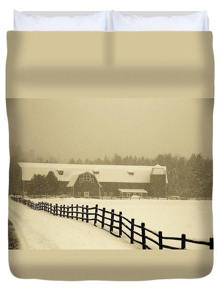 Barn Lake Placid N Y Duvet Cover