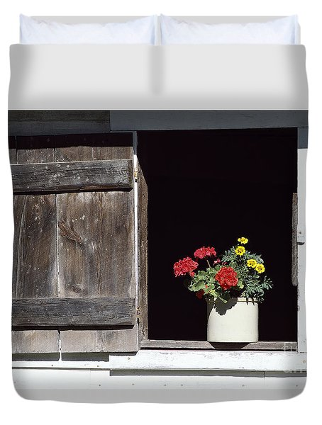 Duvet Cover featuring the photograph Barn Window Flowers by Alan L Graham