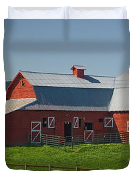 Barns In Field With Mountains Duvet Cover
