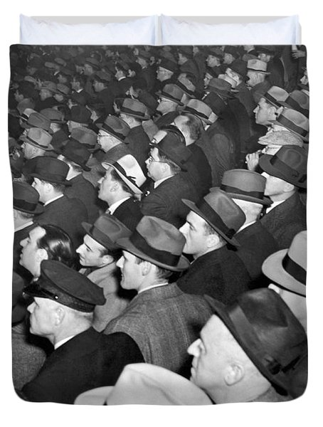Baseball Fans At Yankee Stadium For The Third Game Of The World Duvet Cover by Underwood Archives