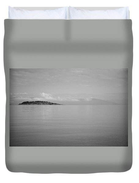 Be Still My Ocean  Duvet Cover by Roxy Hurtubise