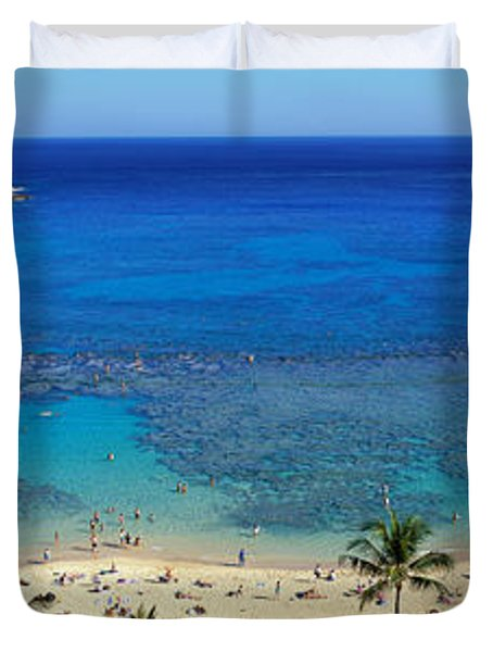 Beach At Hanauma Bay Oahu Hawaii Usa Duvet Cover