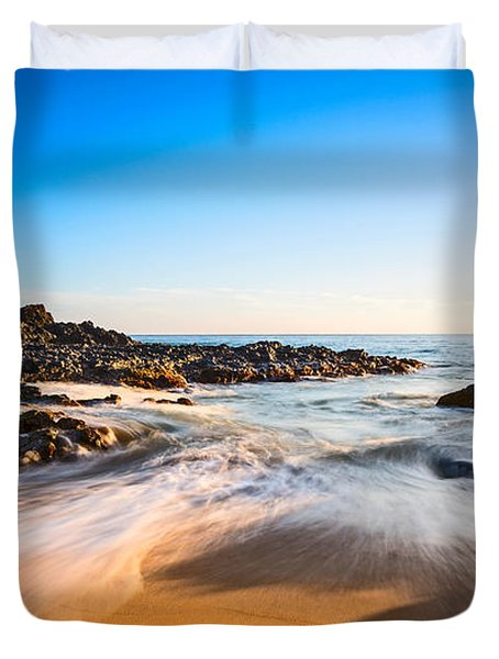Beach Paradise - Beautiful And Secluded Secret Beach In Maui. Duvet Cover