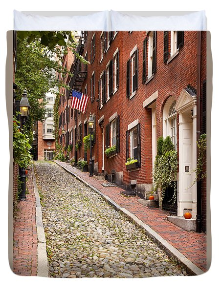 Duvet Cover featuring the photograph Beacon Hill by Brian Jannsen