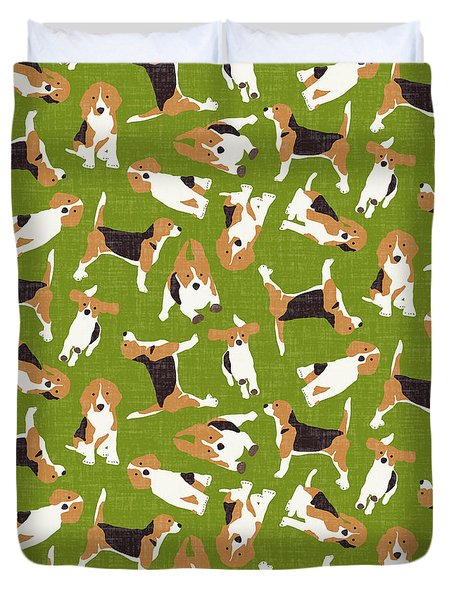 Beagle Scatter Green Duvet Cover