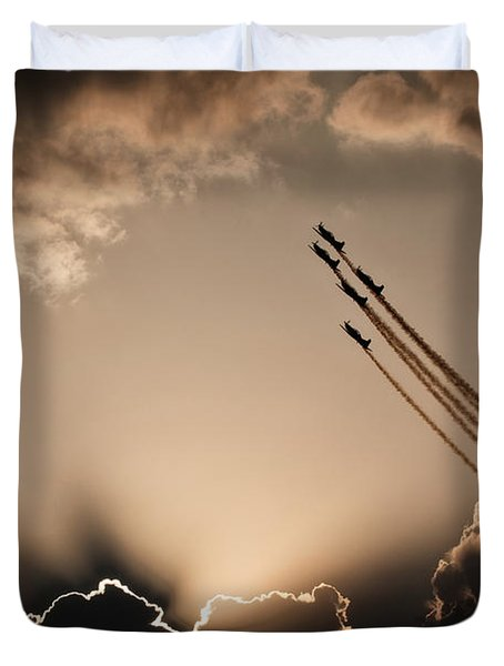 Duvet Cover featuring the photograph Beautiful 5 by Paul Job