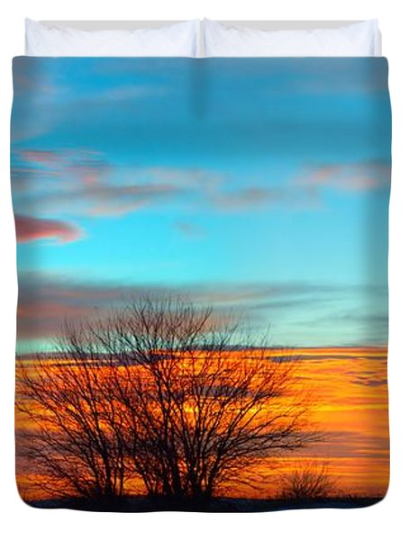 Beautiful Mornin' Panorama Duvet Cover