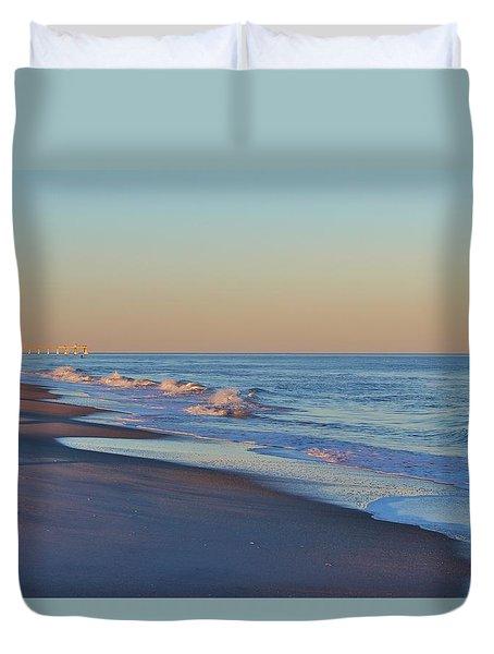 Beautiful Ocean In Nc Duvet Cover by Cynthia Guinn