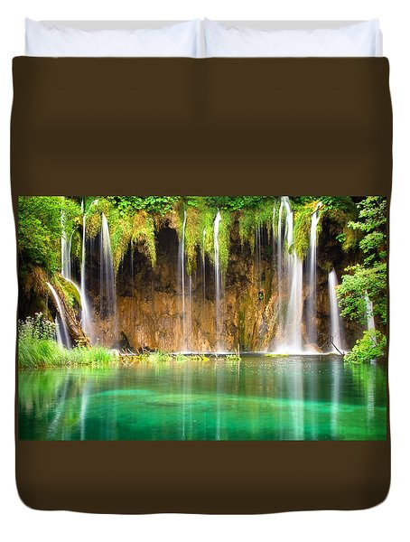 Waterfall Lagoon - Nature Photography Duvet Cover
