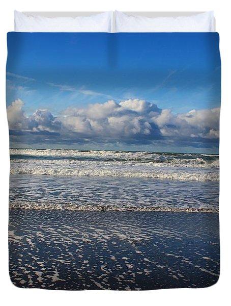 Beckoning Sea Duvet Cover