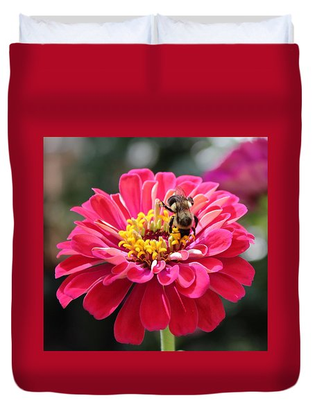 Duvet Cover featuring the photograph Bee On Pink Flower by Cynthia Guinn