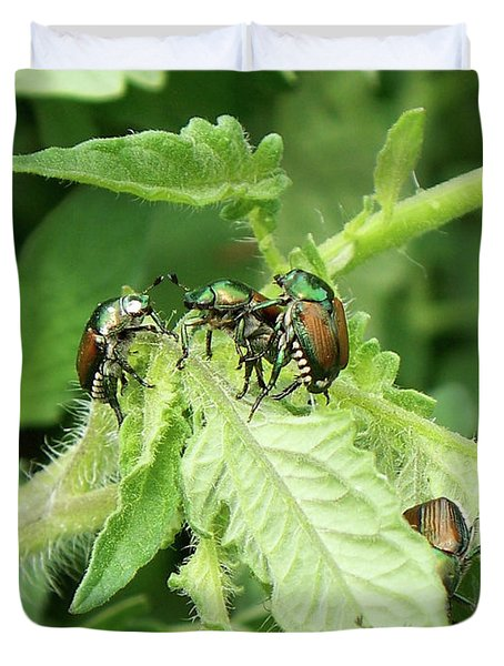 Duvet Cover featuring the photograph Beetle Posse by Thomas Woolworth
