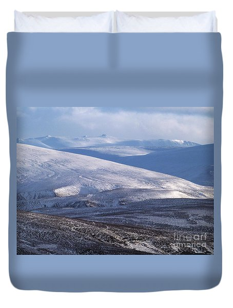 Duvet Cover featuring the photograph Ben A'an From The North by Phil Banks