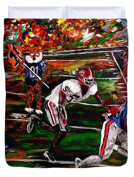 Beware Of The Tiger - Auburn Vs Georgia Football Duvet Cover by Mark Moore