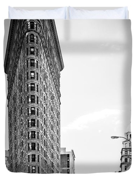 Big In The Big Apple - Bw Duvet Cover