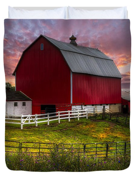 Big Red At Sunset Duvet Cover