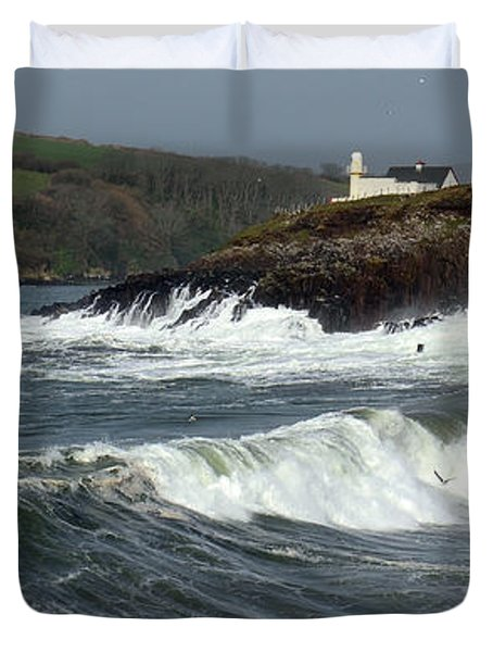 Big Swell In Dingle Bay Duvet Cover