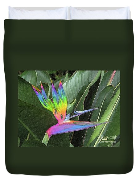 Duvet Cover featuring the photograph Bird Ow  Paradise by Suzette Kallen