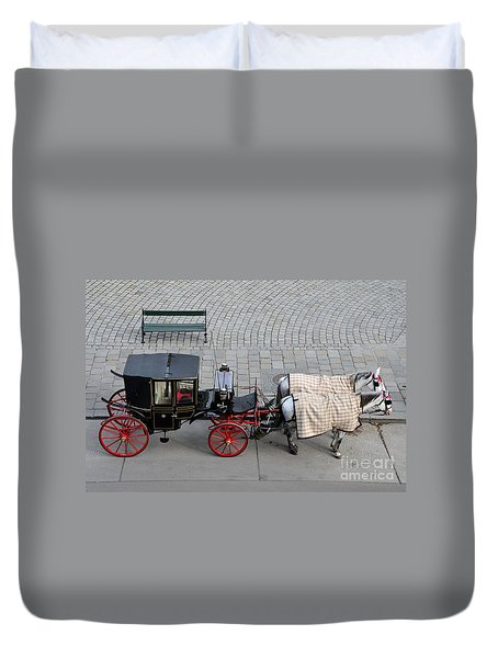 Black And Red Horse Carriage - Vienna Austria  Duvet Cover by Imran Ahmed