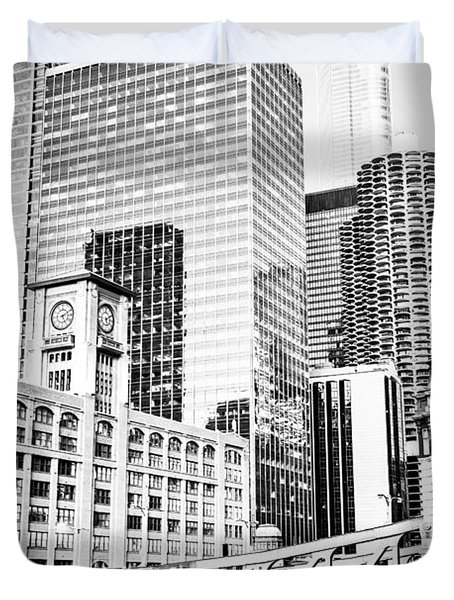Black And White Picture Of Chicago At Lasalle Bridge Duvet Cover by Paul Velgos