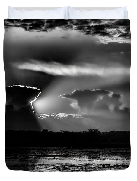 Black And White Sunset Over The Mead Wildlife Area Duvet Cover