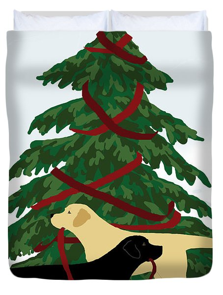 Black And Yellow Labs Trim Christmas Tree Duvet Cover