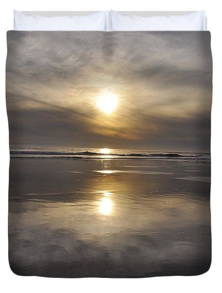 Duvet Cover featuring the photograph Black Sunset by Gandz Photography
