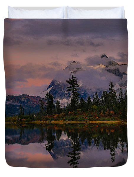 Bloodmoon Rise Over Picture Lake Duvet Cover