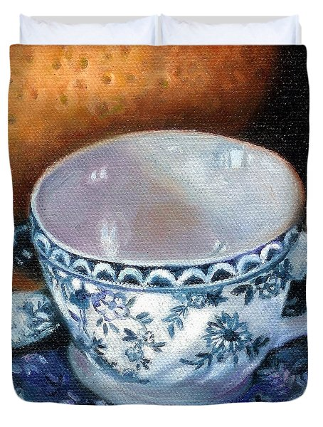 Blue And White Teacup With Spoon Duvet Cover