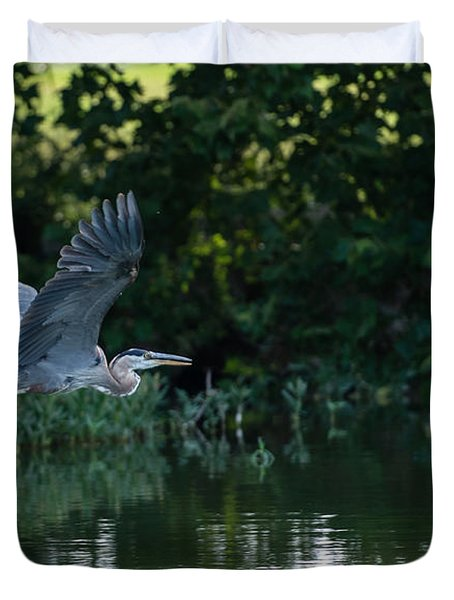 Blue Heron Take-off Duvet Cover