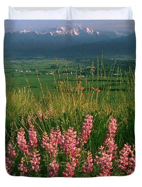 M-05925-blue Pod Lupine And Wallowa Mountain Duvet Cover