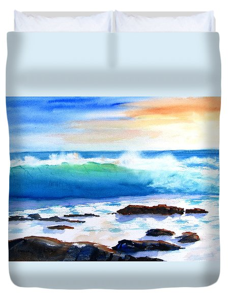 Blue Water Wave Crashing On Rocks Duvet Cover