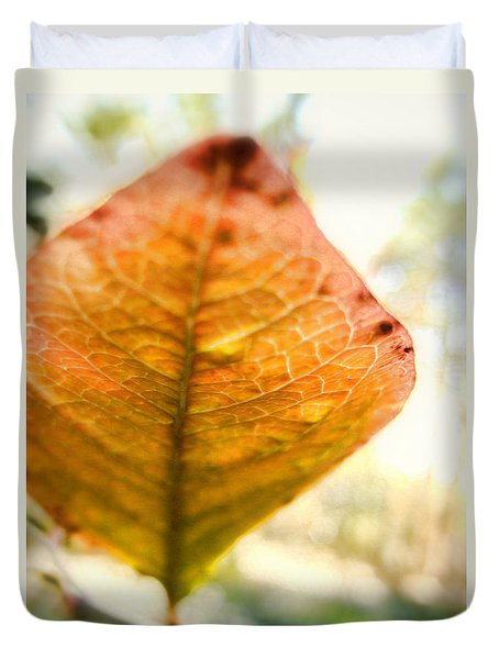 Duvet Cover featuring the photograph Blueberry Leaf In The Autumn Breeze by Louise Kumpf